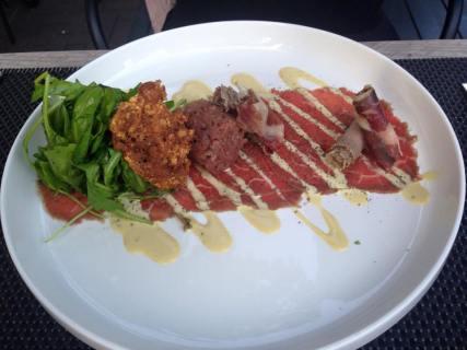 Beefmeater; Secreto nr7, rundscarpaccio en handgesneden tartaar van Piemonte